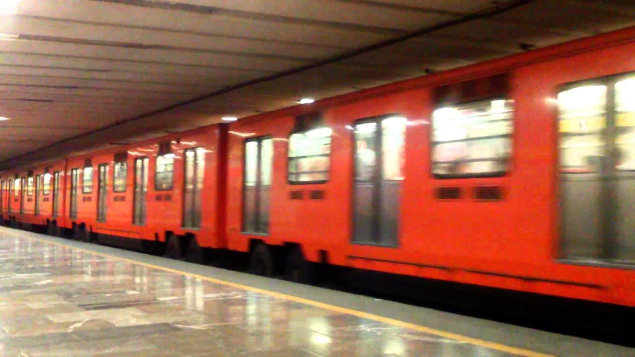 El playlist del metro, un viaje entre el pasado y lo corriente