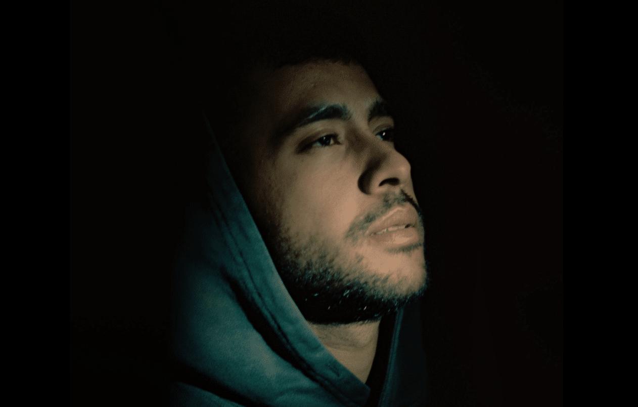 """ElArturo: Emociones del día a día, cantando con sinceridad. Escucha """"Y Qué"""" EP"""