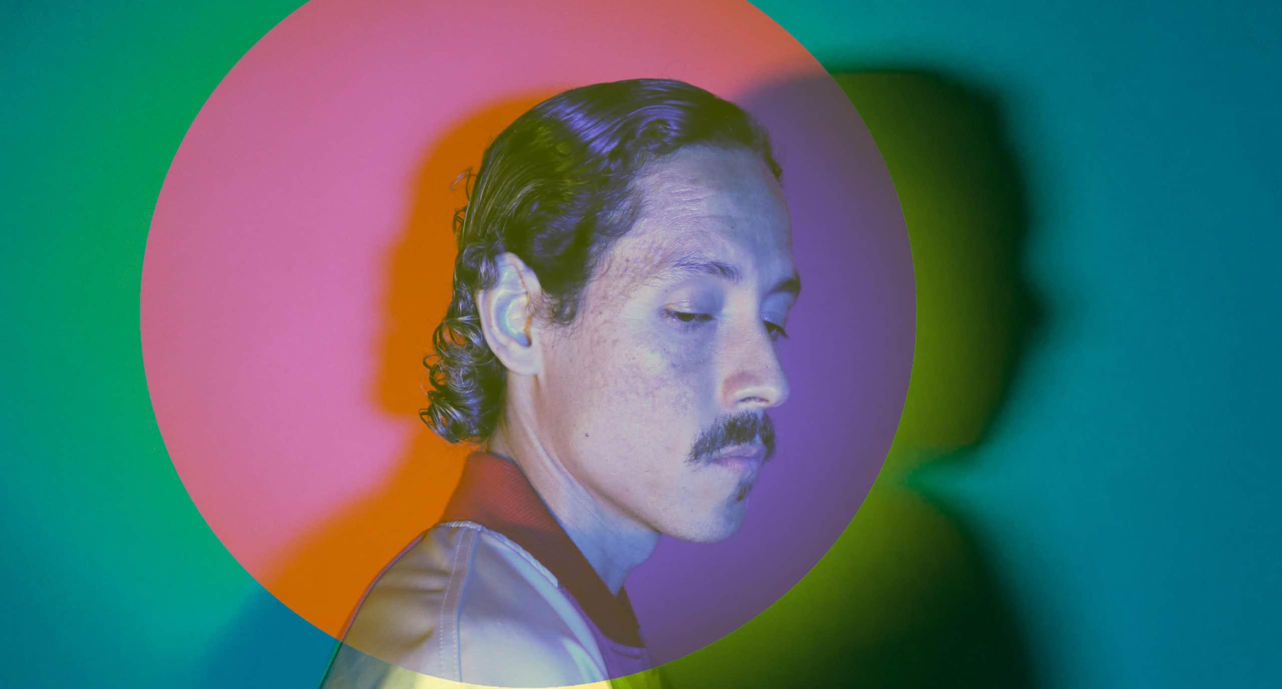 Everywhere Reminds Me of Space, el debut de Bardo Martínez como solista